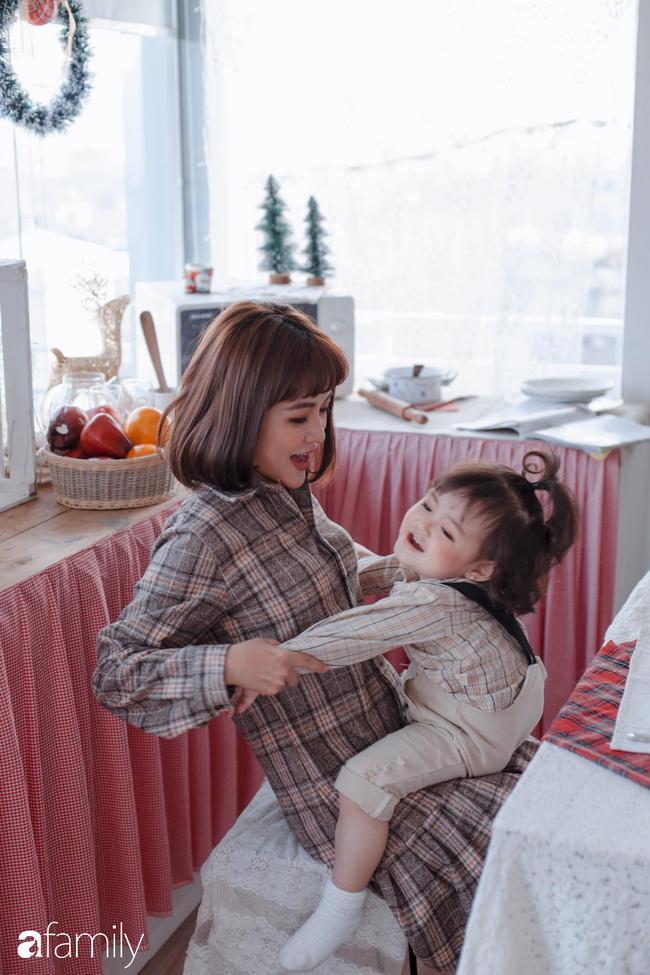 """Tâm sự bi hài hội các mẹ ở nhà trông con tránh dịch virus corona: Người vui vẻ sung sướng, kẻ muốn """"sang chấn tâm lý"""" vì lũ trẻ nghịch ngợm - Ảnh 1."""