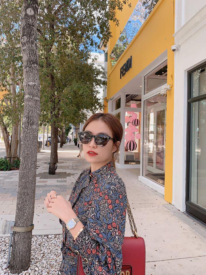 Hoàng Thùy Linh khoe stree style nhưng dân tình chỉ chủ ý vào chiếc kính râm thấp thoáng bóng hình Gil Lê - Ảnh 4.