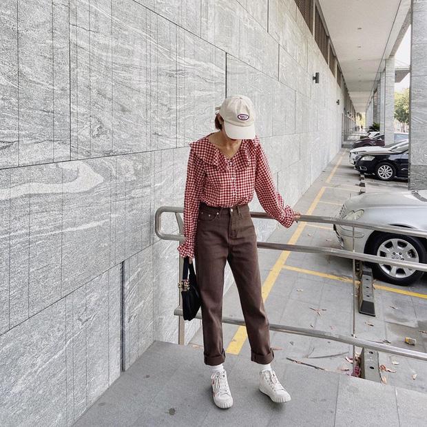 Street style hội sành mặc Instagram: Quần ống rộng càn quét mọi mặt trận, ai diện chân cũng dài đến nách - Ảnh 7.
