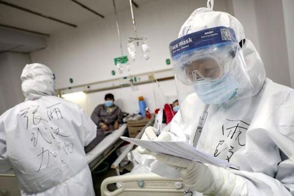 Trung Quốc: Sửa đổi tiêu chí chẩn đoán nhiễm Covid-19 để chữa trị cho người bệnh nhanh nhất, hiệu quả nhất - Ảnh 1.