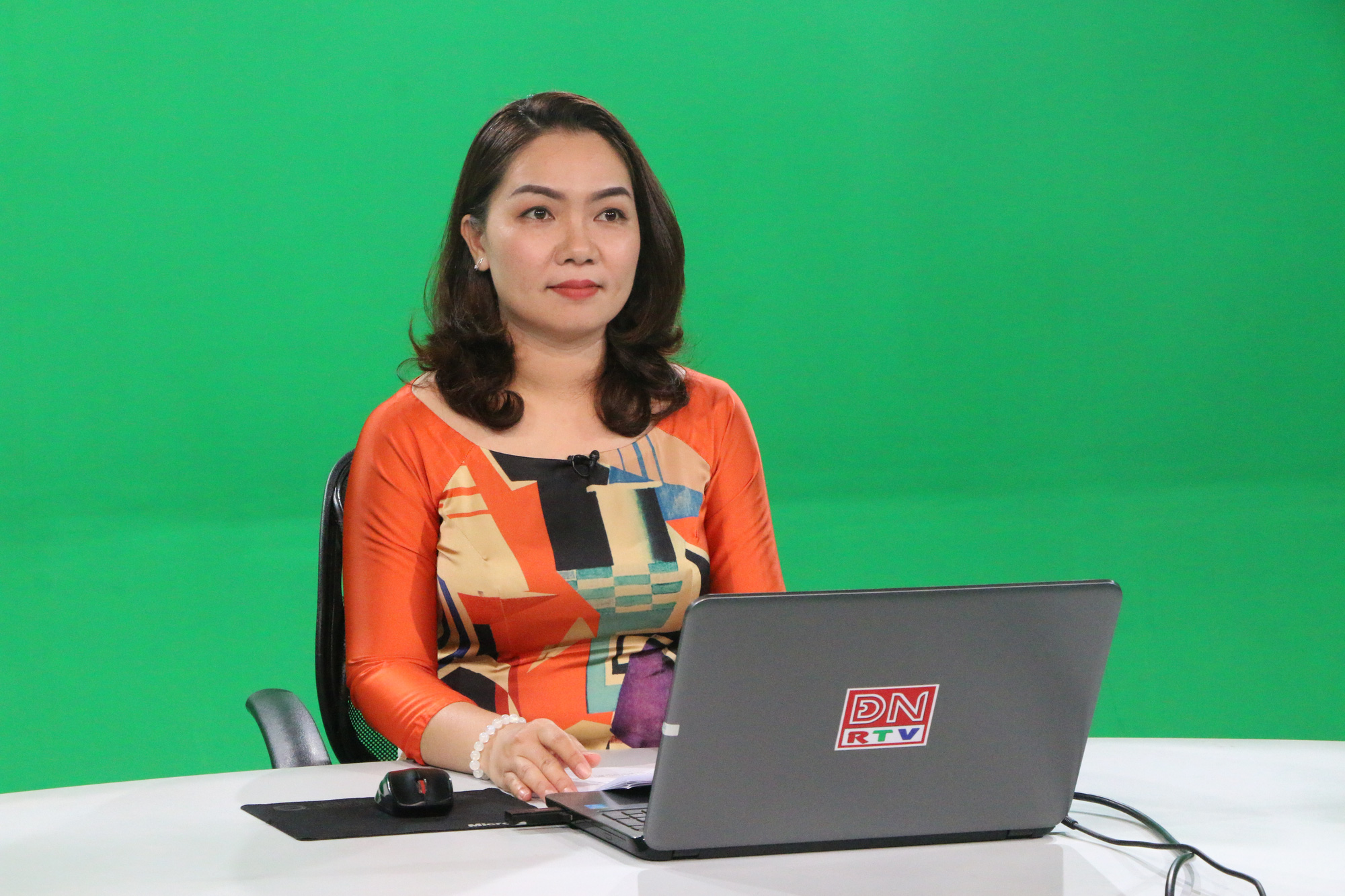 """Không chỉ học online qua Facebook, Skype, một tỉnh """"chơi lớn"""" phát bài giảng trên sóng truyền hình - Ảnh 2."""