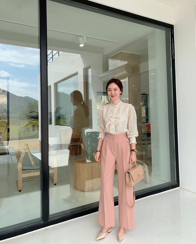 Nàng ngoài 30 tuổi nên ghim chặt 10 công thức sau để thấy mặc đẹp chưa bao giờ dễ đến thế - Ảnh 10.