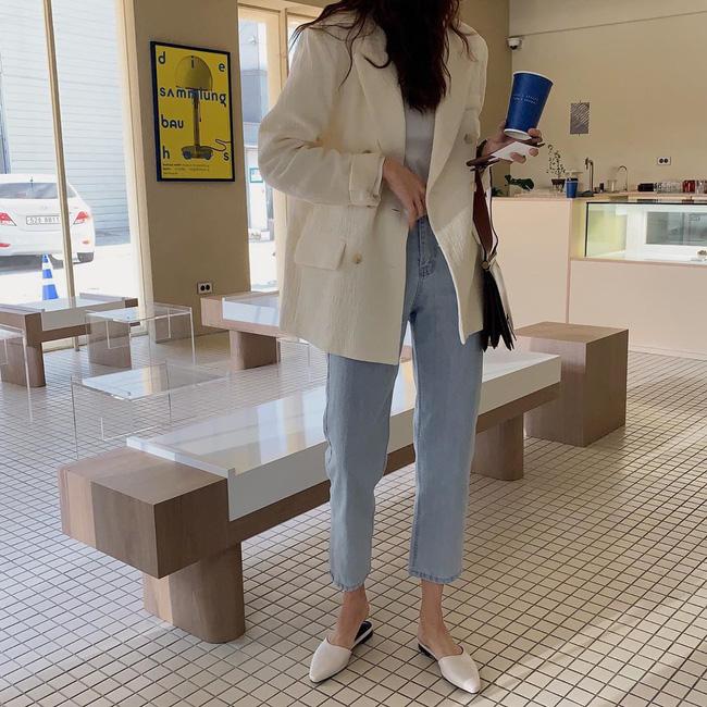 Nàng ngoài 30 tuổi nên ghim chặt 10 công thức sau để thấy mặc đẹp chưa bao giờ dễ đến thế - Ảnh 9.