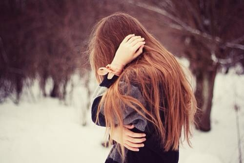 Tâm sự - Con gái à, đừng khóc vì một người không đáng...