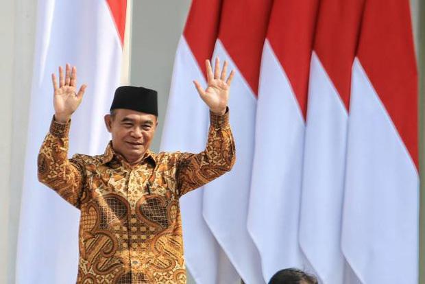 Bộ trưởng Indonesia khuyên chồng nghèo nên lấy vợ giàu để kinh tế đất nước được đi lên, giảm bớt tỉ lệ đói nghèo - Ảnh 1.