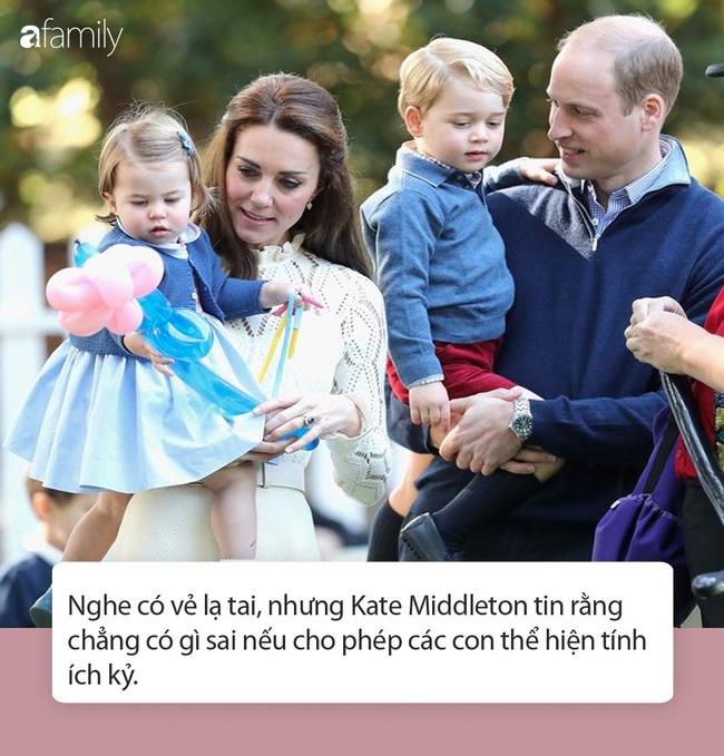 Nữ Công tước Kate Middleton thừa nhận có lỗi với con, nhưng cách dạy con của cô khiến nhiều người tâm phục, khẩu phục - Ảnh 5.