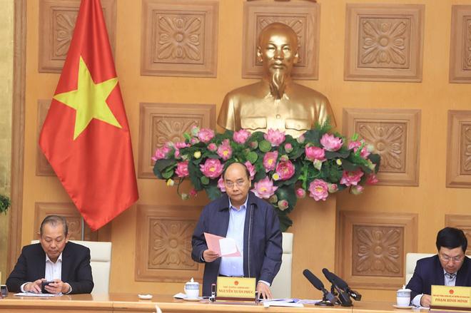 Thủ tướng: Chúng ta kiên quyết nhưng bình tĩnh chống dịch, cố gắng vừa chống dịch tốt và thực hiện phát triển kinh tế xã hội đảm bảo bình thường - Ảnh 3.