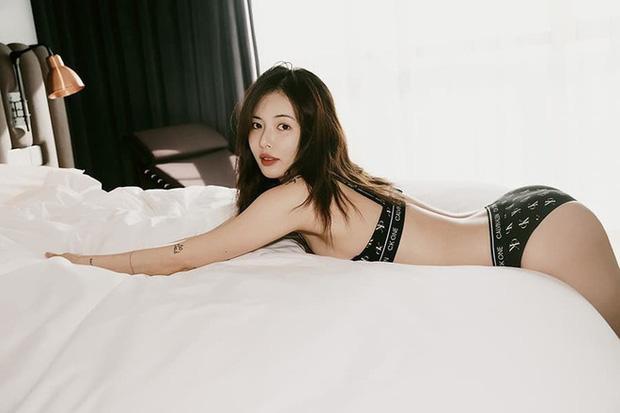 Sau loạt ảnh nội y gây sốt, Hyuna khoe vòng 1 nóng bỏng ngay trước mặt bạn trai trong show thực tế riêng - Ảnh 5.