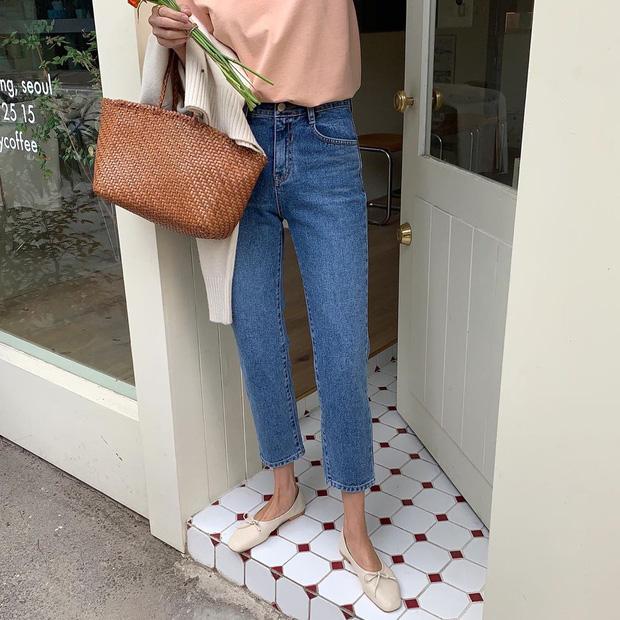 Xin giới thiệu đến chị em kiểu giày búp bê hot nhất lúc này, diện với quần jeans hay váy vóc cũng đều đẹp mê - Ảnh 7.