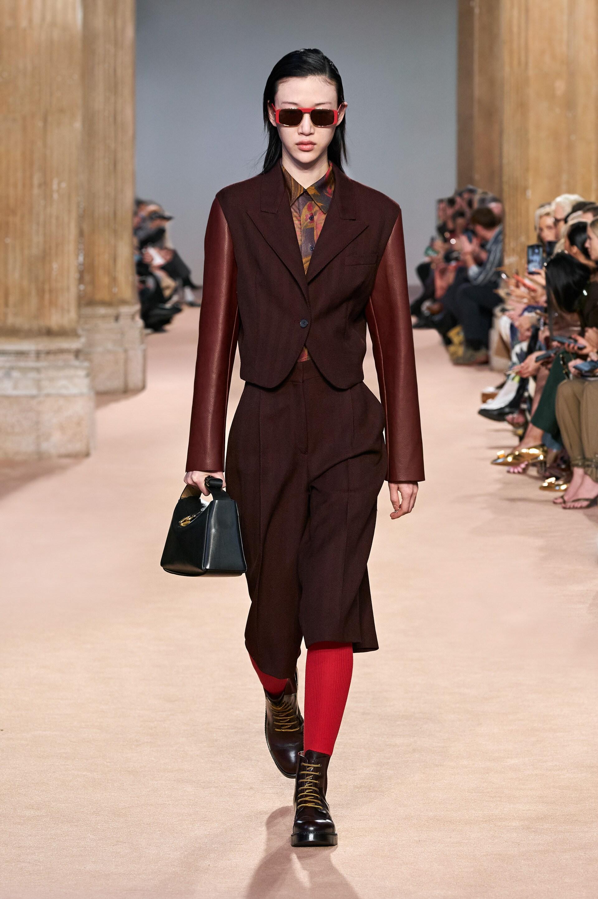 sora choi salvatore ferragamo thu đông 2020 người mẫu thời trang