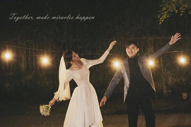 Ngắm trọn loạt ảnh cưới của cặp Người ấy là ai: Từ ướt át đến tái hiện lại khung cảnh nơi anh gặp em - Ảnh 7.