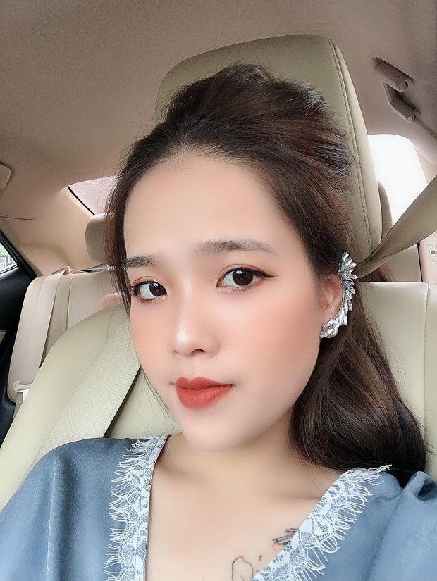 Cầu thủ Quang Hải vừa bỏ theo dõi trang cá nhân, Huyền My liền bất ngờ tiết lộ mối quan hệ của 2 người trong quá khứ - Ảnh 2.