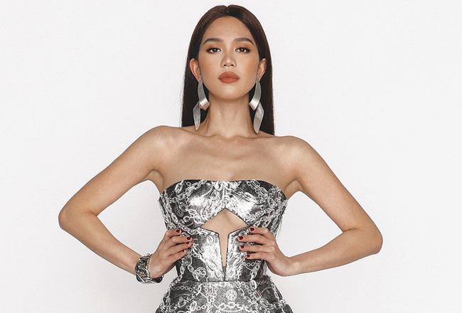 """Ngọc Trinh: Từ phiên bản khoe thân """"Can Lộ Lộ"""" chen chân thất bại vào nghệ thuật đến blogger triệu view của showbiz Việt - Ảnh 8."""