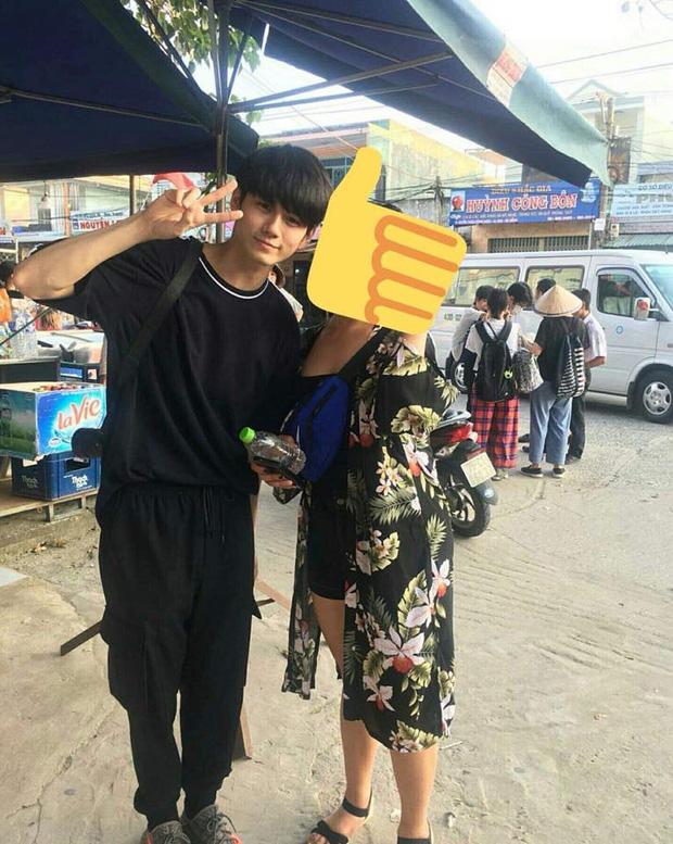 Bóc nhan sắc của dàn sao Hàn trên thực tế: V (BTS) - Suho (EXO) nổi là có lý do, mợ chảnh bỗng lộ diện giữa dàn idol - Ảnh 40.