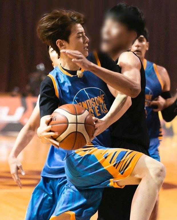 Ngây ngất trước visual điểm 10 của Cha Eun Woo khi chơi bóng rổ: Đích thực là nam thần thanh xuân trong mộng của mọi fan nữ! - Ảnh 14.