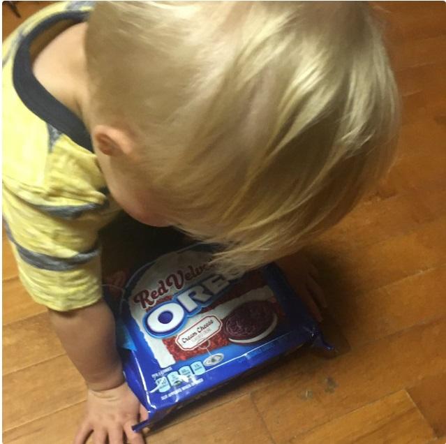 """""""Sao mẹ không ăn miếng bánh pizza đang nhai dở?"""" là một trong vô vàn những lý do của lũ trẻ mỗi khi thích khóc - Ảnh 8."""