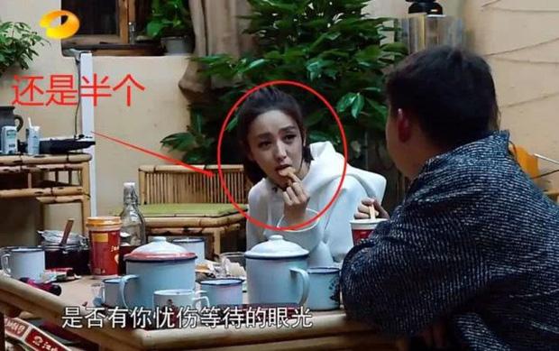Siết cân như mỹ nhân Cbiz: Cúc Tịnh Y nhai mẩu bánh 32 lần, Dương Mịch chỉ ăn 1 sợi mỳ, Thư Kỳ là gắt nhất - Ảnh 13.