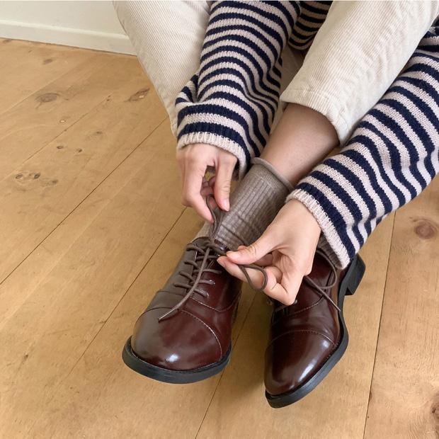 Chị em cần thủ sẵn 3 mẫu giày dép sau đây để ngày mưa gió vẫn sành điệu, chỉn chu từ đầu đến chân - Ảnh 3.