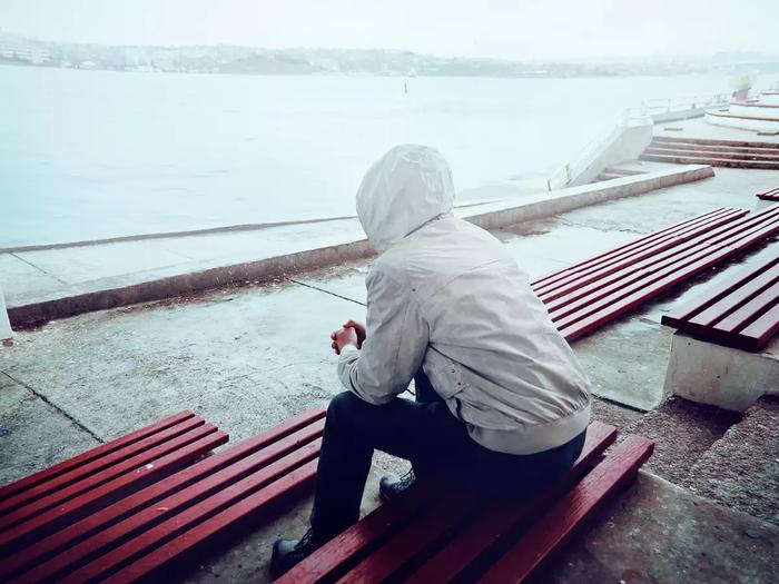 Đàn ông hay phụ nữ: Ai vượt qua nỗi đau chia tay nhanh hơn?