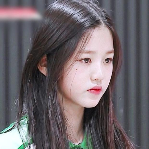 6 idol Kpop sở hữu nốt ruồi hoàng kim: Tưởng dìm nhan sắc nhưng lại giúp upgrade khí chất bất ngờ, lại còn sexy lạ - Ảnh 2.