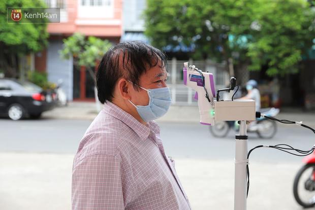 Đại học Đà Nẵng sáng chế, đưa vào sử dụng thiết bị đo thân nhiệt từ xa nhằm ngăn ngừa dịch Covid-19 - Ảnh 3.