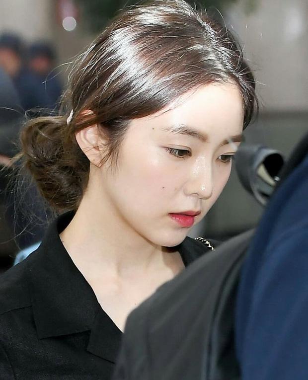 6 idol Kpop sở hữu nốt ruồi hoàng kim: Tưởng dìm nhan sắc nhưng lại giúp upgrade khí chất bất ngờ, lại còn sexy lạ - Ảnh 14.