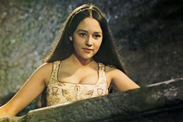 Xôn xao hình ảnh giảm cân của con gái ruột nàng Juliet Olivia Hussey: Màn lột xác huyền thoại là đây! - Ảnh 3.