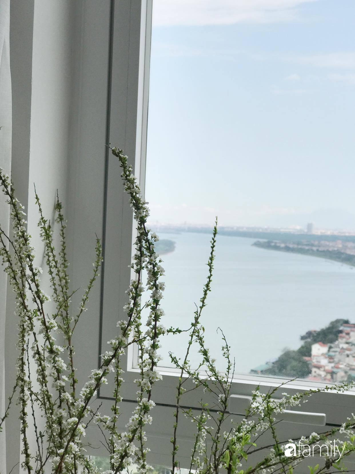 Căn hộ 80m2 view sông Hồng đẹp như thơ nhờ cách tự décor nội thất mộc mạc của nữ họa sĩ kiêm nhà thiết kế thời trang - Ảnh 18.