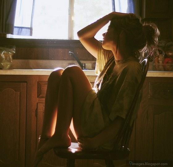 Tuổi 25, chẳng ai có thể ưa được chính mình đâu em ơi, ngay đến cuộc đời cũng chẳng ưa gì chúng ta