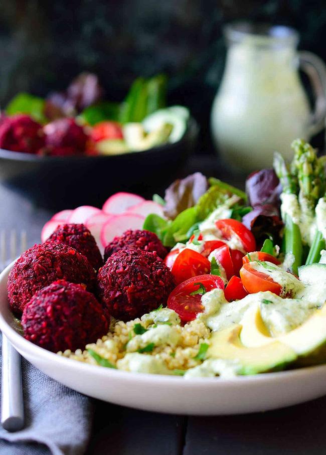 Người tiểu đường ăn nhiều rau củ chưa hẳng đã tốt, bữa ăn lúc nào cũng có 7 loại sau chẳng trách lượng đường trong máu lúc chẳng bao giờ giảm mà chỉ có tăng - Ảnh 1.