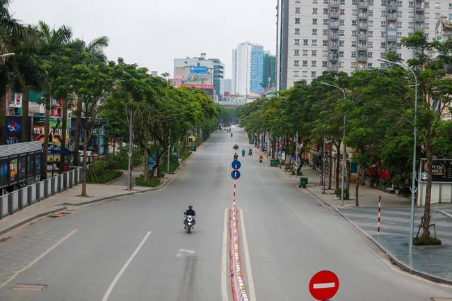 """Chỉ 1 ngày sau cách ly xã hội: Chất lượng không khí đã cải thiện bất ngờ, trung tâm các thành phố lớn đã đạt ngưỡng """"xanh ngát"""" hiếm có - Ảnh 1."""