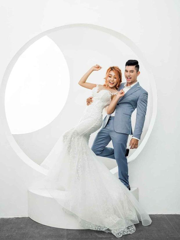 Lương Bằng Quang và Ngân 98 tung loạt ảnh cưới kèm tuyên bố hoãn lễ thành hôn vì COVID-19 - Ảnh 3.