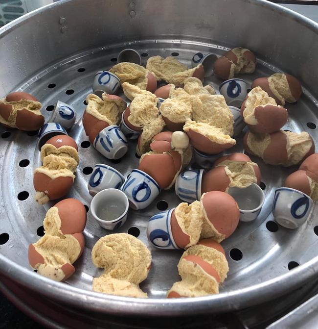 """Những pha thất bại cay đắng của hội chị em khi ở nhà nấu ăn mùa dịch: Bánh bông lan """"Bao Công"""" làm bằng nồi cơm điện, """"chè sữa"""" trân châu nát bét - Ảnh 11."""