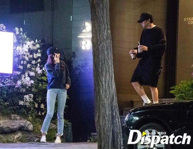 Ảnh So Ji Sub hẹn hò với vợ kém 17 tuổi hot trở lại sau tin kết hôn: Đẹp như phim thế này, ghen tỵ nổ mắt mất thôi! - Ảnh 4.