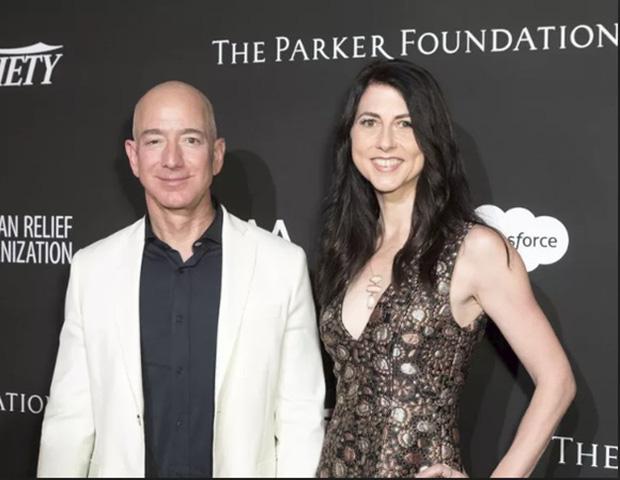 Vì sao vợ cũ của tỷ phú Amazon lại được xem là nữ anh hùng, khiến ông dù có tình mới vẫn phải nể trọng vài phần? - Ảnh 3.