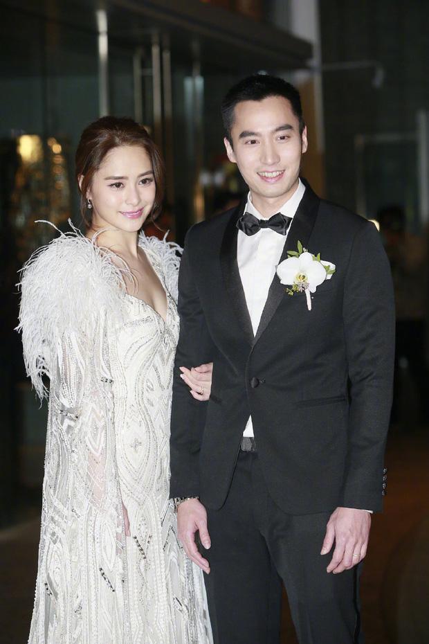 NÓNG: Chung Hân Đồng đột ngột ly hôn với ông xã đào mỏ, tâm thư của chồng hé lộ nhiều chi tiết bất ngờ - Ảnh 2.