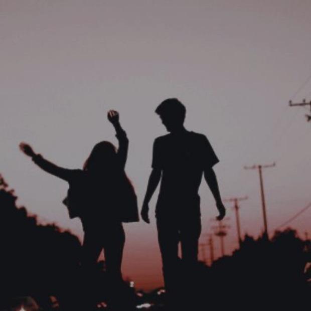 Không phải không muốn yêu đương, mà là không dám: Thanh xuân ai cũng đã trải qua cảm giác chông chênh này - Ảnh 1.
