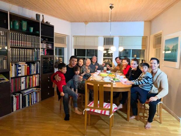Chặng đường yêu 3 năm của Kim Lý và Hồ Ngọc Hà trước khi có song thai: Chỉ toàn mật ngọt, 2 bên gia đình còn cực thân - Ảnh 16.