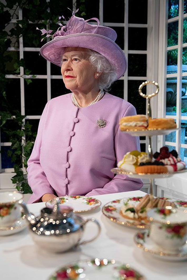 Thực đơn ăn kiêng và bí quyết giữ sức khỏe hoàng gia nhưng giá lại bình dân giúp Nữ hoàng Elizabeth II ở tuổi 94 vẫn trẻ trung, khỏe mạnh - Ảnh 4.
