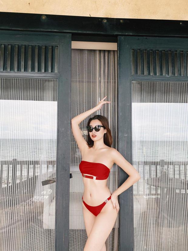 Đỗ Mỹ Linh gây sốt khi tung ảnh bikini khoe body cực hot: Thần thái xuất sắc, eo thon khó tin chẳng kém cạnh mỹ nhân Vbiz nào! - Ảnh 2.