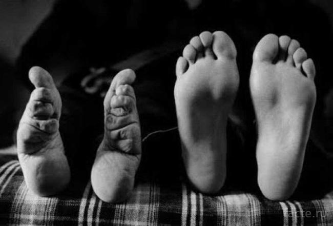 Tục bó chân của phụ nữ Trung Hoa cổ đại: Nỗi đau từ thể xác đến tinh thần không từ ngữ nào có thể diễn đạt trọn vẹn - Ảnh 2.