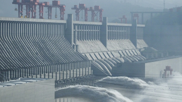 Bên trong đập Tam Hiệp - con đập thủy điện lớn nhất thế giới đang có nguy cơ gây đại thảm họa cho người Trung Quốc có gì? - Ảnh 1.