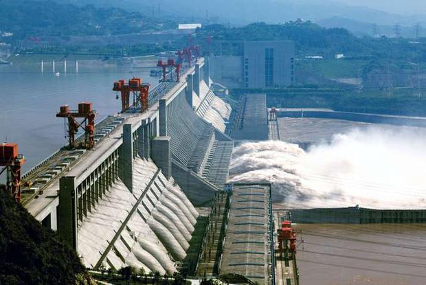 Bên trong đập Tam Hiệp - con đập thủy điện lớn nhất thế giới đang có nguy cơ gây đại thảm họa cho người Trung Quốc có gì? - Ảnh 2.