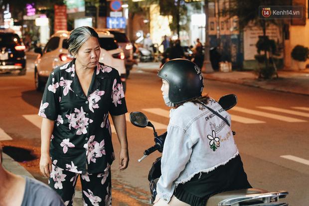 Có một chợ đêm Bến Thành buồn đến nao lòng: Khách Việt còn không có chứ nói chi khách nước ngoài - Ảnh 7.