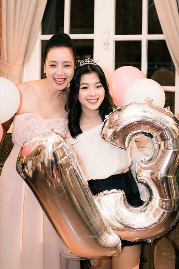 5 tiểu thư nức tiếng nhà sao Việt: Con gái Diễm My 6X thạo 4 thứ tiếng, con Quyền Linh - Giáng My tiềm năng thành hoa hậu - Ảnh 12.