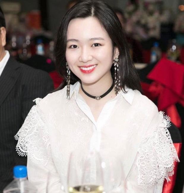 5 tiểu thư nức tiếng nhà sao Việt: Con gái Diễm My 6X thạo 4 thứ tiếng, con Quyền Linh - Giáng My tiềm năng thành hoa hậu - Ảnh 6.