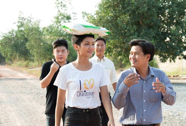 ASEAN vinh danh HHen Niê là Niềm tự hào của Đông Nam Á, trở thành biểu tượng lịch sử của nhan sắc Việt - Ảnh 4.