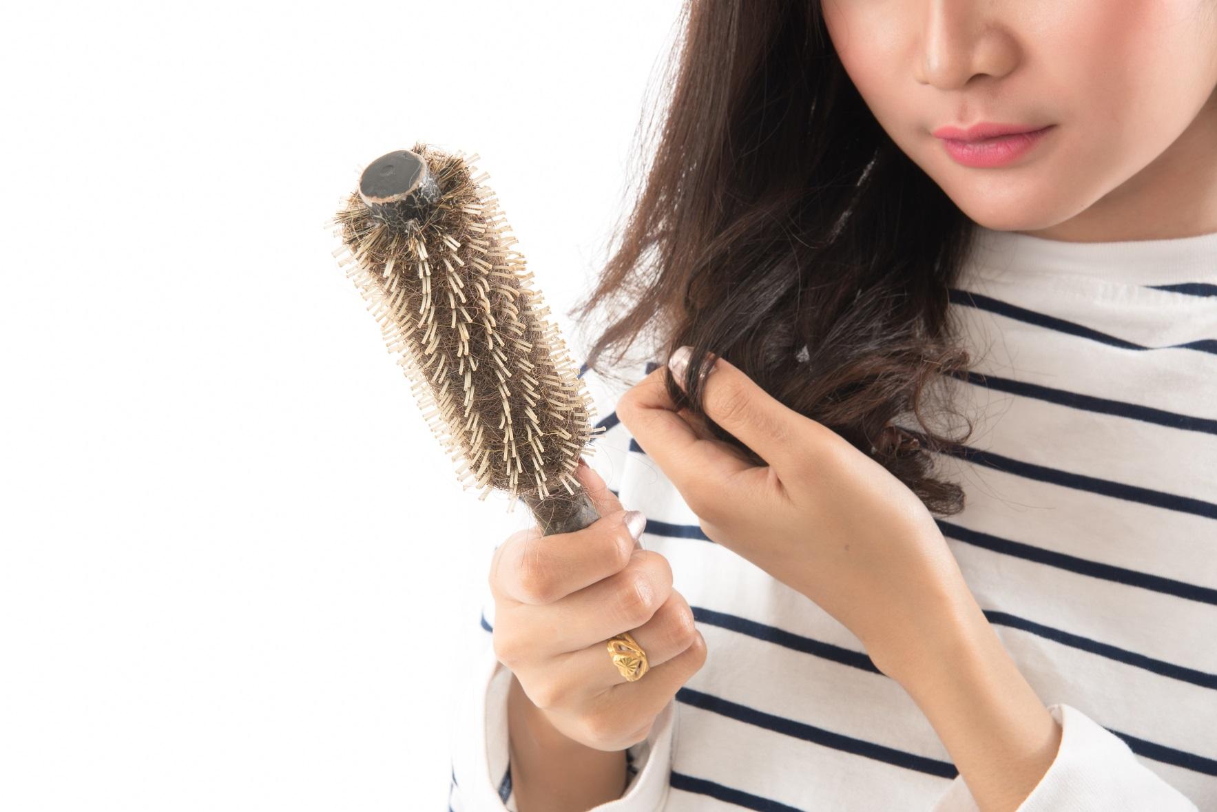 Muốn tóc mọc nhiều và khỏe, phải kích thích đúng chỗ! 1