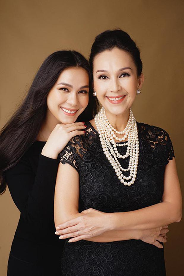 5 tiểu thư nức tiếng nhà sao Việt: Con gái Diễm My 6X thạo 4 thứ tiếng, con Quyền Linh - Giáng My tiềm năng thành hoa hậu - Ảnh 1.