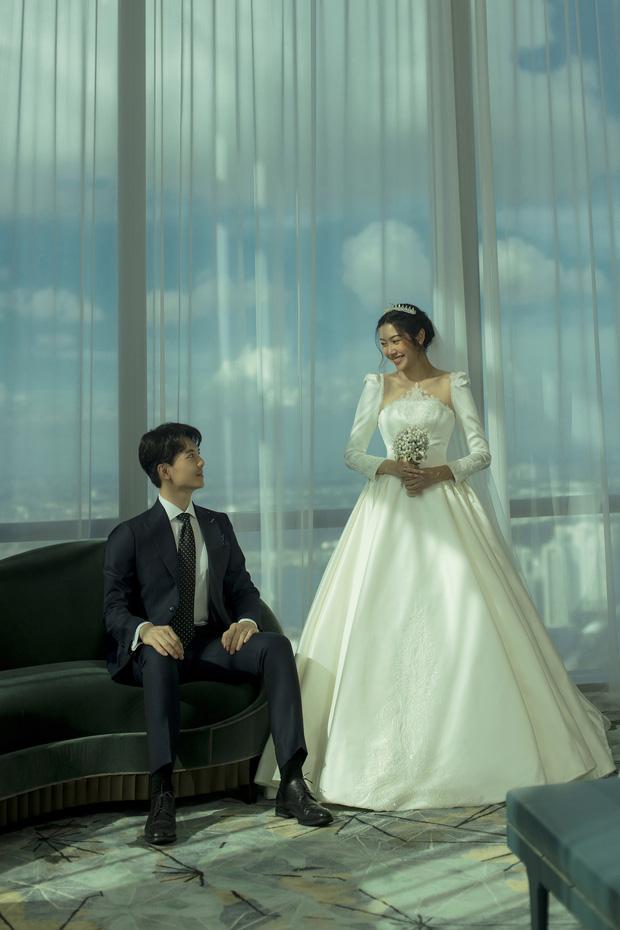 Thuý Vân tung ảnh cưới với ông xã doanh nhân trước thềm hôn lễ: Ánh mắt và nụ cười hạnh phúc nói lên tất cả! - Ảnh 9.